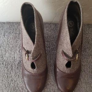Bella Vita Twill & leather heels 5